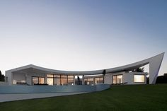 Casa Colunata by Mario Martins Atelier