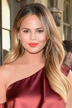 Hair color ideas for balayage ombre and trendy hair highlights Carmel Balayage, Dark Blonde Balayage, Pink Blonde Hair, Medium Blonde Hair, Balayage Ombré, Brown Hair Balayage, Bright Blonde, Balayage Highlights, Hair Color Balayage