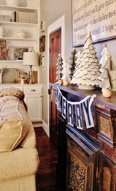 Day 10: Merry Mantel with Felt Trees by Thistlewood Farm - #12daysofchristmas