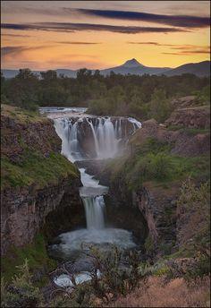 Sunset at White River Falls State Park, Oregon