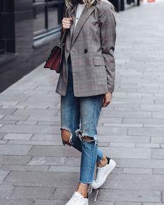 Check link in bio Grey Blazer Outfit, Blazer Outfits For Women, Blazer Fashion, Blazers For Women, Jean Outfits, Rome Fashion, Cute Blazers, Business Chic, Classic Wardrobe