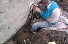 25 Photos Of Home Improvement About To Go Terribly, Terribly Wrong Funny Images, Funny Photos, Safety Fail, People Doing Stupid Things, Crazy Things, Stupid Stuff, Crazy People, Darwin Awards, Stupid Human