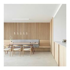 Minimalist home located in Knokke, Belgium. Residence LC by 📷 by More info and pictures: link in bio . Cheap Beach Decor, Cheap Wall Decor, Cheap Home Decor, Interior House Colors, Interior Design, Home Remodeling Diy, Minimal Decor, French Home Decor, Hippie Home Decor