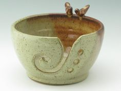Handmade Pottery Large Yarn Bowl In Stock, Honey Brown and Birch Love Birds Knitting Bowl, Decorative Ceramic Crochet Bowl
