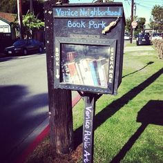 This is adorable and sweet. How lovely:) Previous Pinner: Venice Neighborhood Book Park