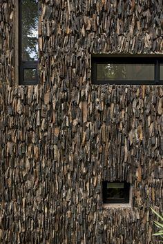 Casa Corallo, Santa Rosalía, Guatemala City, 2008 http://bit.ly/H2PzFF by Paz Arquitectura #archilovers #architecture  #design #facades #pattern
