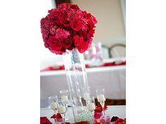 Arreglos de flores para bodas de noche rojos