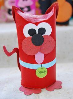 Estes animais foram feitos com simples rolos de papelão reciclados. Não é preciso molde e é muito fácil de fazer, bastando dobrar o rolinho...