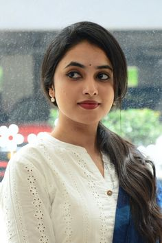 Priyanka Arulmohan is an actress, known for Gang Leader (2019) and Doctor.1994 born to a Tamil-speaking family.She did schooling from Chennai. Follow us at instagram @reelpettiofficial www.reelpetti.com . #priyankamohan #reelpetti #reels #reelpetty #reelsinstagram #actressgallery #actress #tamilactress #kollywoodactress #tamilcinema #cinemagallery #cinewoods #tollywood #mollywood #behindwoods #டோலிவுட் #கோலிவுட் #ரெஜினா #சினிமா #சினிமாசெய்திகள் #தமிழ் சினிமா #தமிழ்ஆக்டர்ஸ் #தமிழ்நடிகைகள் Most Beautiful Faces, Most Beautiful Indian Actress, Beautiful Women, Beautiful Eyes, Bollywood Actress Hot Photos, Actress Photos, Leader Movie, Actress Priyanka, Beautiful Girl Photo
