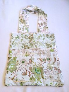 Casual Tote Bag, Green Floral Print, Shopper, Market Bag, Utility Tote, School Tote, Minimalist