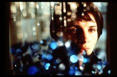 "Juliette Binoche, ""Bleu"""
