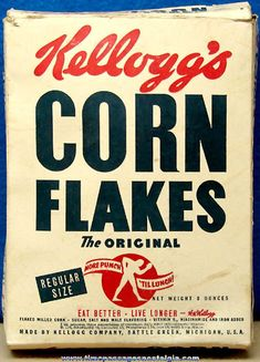 Kellogg's Corn Flakes Cereal Box With Space Cadet & Aircraft Carrier Premium Offers Vintage Packaging, Vintage Labels, Vintage Signs, Vintage Ads, Vintage Posters, Vintage Food, Cereal Packaging, Food Packaging, Retro Ads