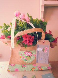 Hessian bag from Kate Lister Flower Design