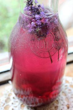 Meggy - levendula ízesített víz Medicinal Herbs, Foods, Drinks, Blog, Food Food, Drinking, Food Items, Beverages, Drink