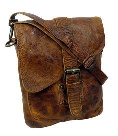 419e620c676 Handgemaakte tassen van echt rundleer en op milieu vriendelijke manier  gelooid.