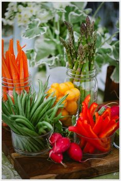 The French Tangerine: ~ flowers vs. food Great displays for apps