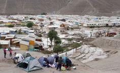 La localidad de Paipote sufrió el paso de un aluvión luego de las fuertes lluvias que cayeron sobre la Región de Atacama. Algunos habitantes del sector armaron campamentos en el cerro La Cruz. Marzo 2015