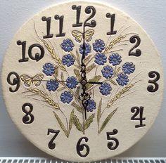 Hodiny chrpy s ječmínkem XXL Keramické hodiny s motivem modrých chrp a ječmínku, velikost 30 cm