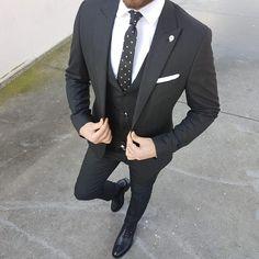 black suit vest, maroon suit, black suits, black blazers, s Black Suit Vest, Maroon Suit, Black Suits, Black Blazers, Best Suits For Men, Cool Suits, Mode Masculine, Mens Fashion Suits, Mens Suits