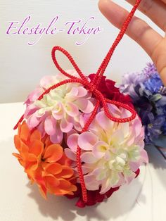 Likes a candy!  A ball bouquet   for Japanese style wedding!