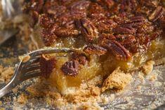 Easy Pie Recipes, Pecan Recipes, Cooking Recipes, Dessert Recipes, Sugar Free Pecan Pie, Best Pecan Pie Recipe, Apple Slab Pie, Bourbon Pecan Pie, Pecan Cake