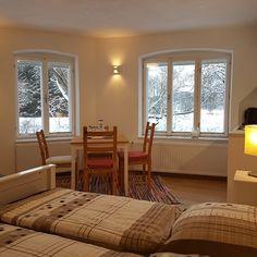 Bungalow, Windows, Double Room, Homes, Ramen, Craftsman Bungalows, Bungalows, Window