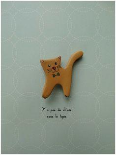 Broche en argile papier - Nougat le chat