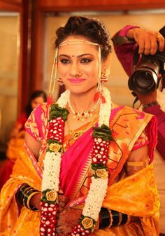 Traditional Updos With Gajra