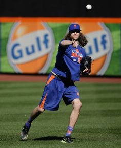 Jacob deGrom, NYM/workout before WS, Oct 23, 2015(AP Photo/Julie Jacobson)