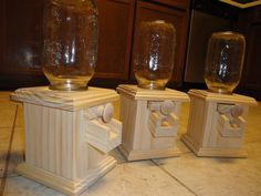 wooden candy dispenser could someone sell or give me the pattern yo make this.thanks katabernathy@yahoo.com