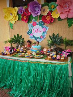 Chloe's Tropical Moana Party   CatchMyParty.com