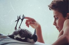 <p>Unlike other people who go out and purchase exotic pets, Penguin the magpie came to the Blooms as a result of a tragic turn of fate.</p>