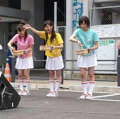 打ち水大作戦の時の写真だ! #prfm #Perfume Uchimizu