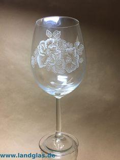 Eine Vorlage fixieren – Landglas.de , Glasgravur und mehr Wine Glass, Tableware, Paper, Templates, Dinnerware, Tablewares, Dishes, Place Settings, Wine Bottles