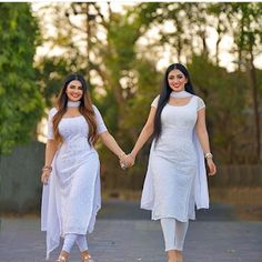 Dress Indian Style, Indian Fashion Dresses, Indian Designer Outfits, Curvy Girl Lingerie, Curvy Women Fashion, Beautiful Girl Indian, Beautiful Indian Actress, Little Girl Dresses, Girls Dresses