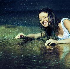 siente la lluvia