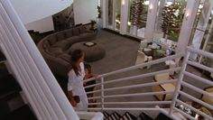 """Burn Notice 2x08 """"Double Booked"""" - Fiona Glenanne (Gabrielle Anwar)"""