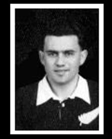 #rugby history Born today 21/05 in 1930 : Keith Davis (New Zealand) played v Wales in 1953      http://www.ticketsrugby.com/rugby-tickets/games/Wales-New-Zealand-rugby-tickets.php