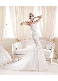GRACEFUL TULLE SATIN STRAPLESS NECKLINE NATURAL WAISTLINE MERMAID WEDDING DRESS SEXY LADY LACE FORMAL PROM