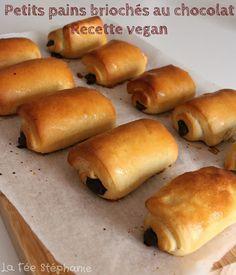 - Delicacies ~ Un Délice Sucré Homemade Butter, Homemade Chocolate, Healthy Vegan Desserts, Vegan Recipes, Yummy Veggie, Yummy Food, Croissant Vegan, Chocolate Brioche, Donuts