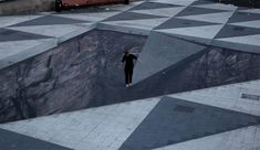 Optical Illusion street art in Stockholm Illusions Mind, Funny Illusions, Cool Optical Illusions, Art Optical, 3d Street Art, Amazing Street Art, Amazing Art, Illusion Kunst, Illusion Art