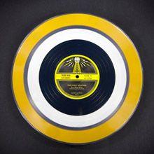 A gravadora de Jack White lança mais um formato inusitado dos queridos LPs. Confira!