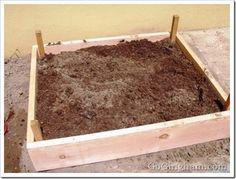 Keep it simple. Garden Art, Garden Ideas, Keep It Simple, Raised Garden Beds, Vegetable Gardening, Home Projects, Homesteading, Yard, Landscape
