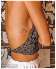 Small Wave Tattoo, Small Rib Tattoos, Rib Tattoos For Women, Dainty Tattoos, Pretty Tattoos, Sexy Tattoos, Tatoos, Cute Little Tattoos, Tattoo Costillas