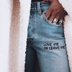 Love me or leave me Painted Jeans, Painted Clothes, Couture Embroidery, Embroidery Fashion, Diy Clothing, Custom Clothes, Look Patches, Diy Fashion, Fashion Outfits