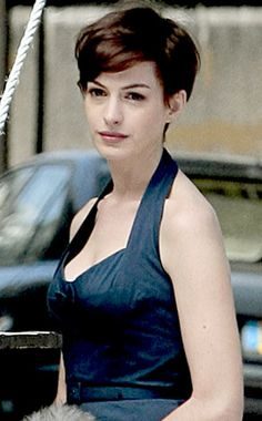 Anne Hathaway LOVE HERRRR. Don't know if I could ever pull this off as beautifully as she does, but if I ever get enough nerve, I will cut my hair this short