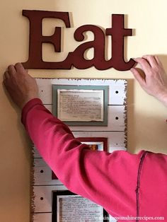 Project: DIY Kitchen Art from Old Family Recipe Cards from Walking on Sunshine. Eat Kitchen Sign, Kitchen Redo, Kitchen Art, Kitchen Ideas, Eat Sign, Diy Outdoor Kitchen, Food Displays, Family Meals, Family Recipes