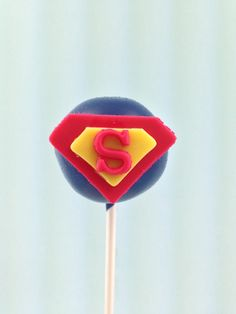 Superman cake pop