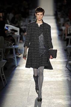 Chanel HC AW 2012-13  #ChanelCouture #AutumnWinter2013 Visit espritdegabrielle.com   L'héritage de Coco Chanel #espritdegabrielle