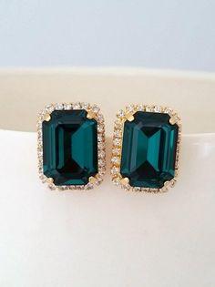 Fancy Earrings, Gold Earrings Designs, Emerald Earrings, Necklace Designs, Vintage Earrings, Stud Earrings, Gold Rings Jewelry, Crystal Jewelry, Jewellery